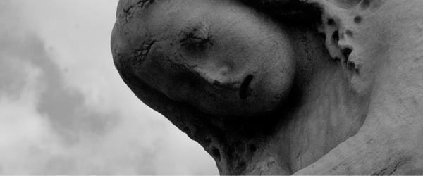 lamenting statue